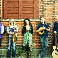 RUNA - Celtic Roots Music